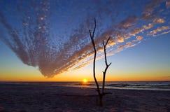 Soleil à la mer baltique photographie stock libre de droits