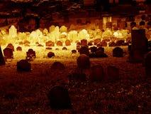 Soleil au-dessus d'un cimetière photo libre de droits