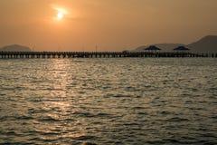 Soleil Levant au-dessus du pilier, phuket, Thaïlande Photographie stock
