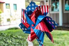 Soleil patriotique de drapeau américain image stock