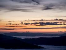 soleil sur la montagne Image stock