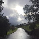 Solen fördunklar vägen Royaltyfri Foto
