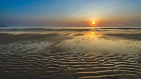 Solen på stranden Arkivfoto