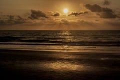 Solen ställde in i söderna av Stilla havet royaltyfri fotografi