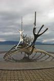 Solfar, explorador de Sun é escultura de aço enorme do barco de viquingue Imagens de Stock Royalty Free