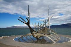 Solfar Suncraft在雷克雅未克,冰岛 免版税图库摄影