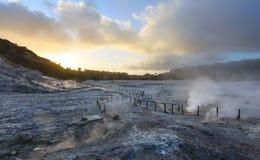 Solfatara, vulkanische krater, dichtbij Napels Stock Foto's