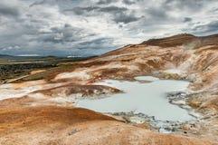 Solfatares no vulcão de Krafla em Islândia imagem de stock