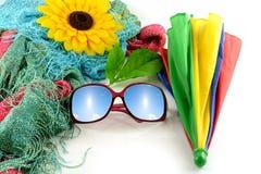 Solglasögon har en himmel på ferie Fotografering för Bildbyråer