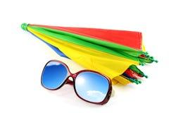 Solglasögon har en himmel på ferie Royaltyfria Bilder