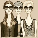 solglasögon tre kvinnor Royaltyfri Foto
