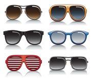 Solglasögonvektoruppsättning stock illustrationer