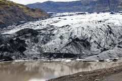 Solheimajokull冰川在冰岛在9月 免版税库存照片