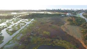 Solid sida till havsida på det Intracoastal, N Topsail strand, NC lager videofilmer