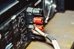 Solida kontaktdon som är inklusive i den ljudsignal blandaren Royaltyfria Bilder