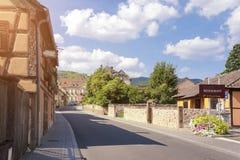 Solig dag i Alsace Arkivfoton