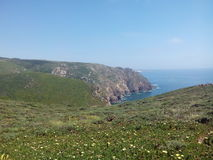 Solig dag på Cabo Da Roca, Sintra, Portugal Royaltyfri Foto