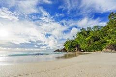 Solig dag på georgette för paradisstrandanse, praslin Seychellerna 59 Royaltyfria Foton