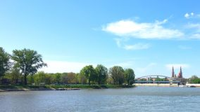 Solig dag på kanten av Szeged Arkivfoton