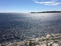 Solig dag på ostkusten av Norge Fotografering för Bildbyråer