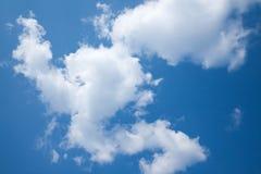 Solig dag solsken, blåa himlar, Royaltyfria Foton
