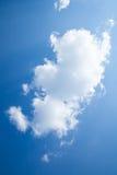 Solig dag solsken, blåa himlar, Arkivfoto