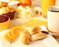 solig frukostmorgon arkivbild
