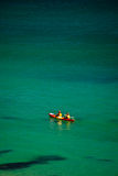 solig kayaking för fjärdbyrondag Royaltyfria Bilder