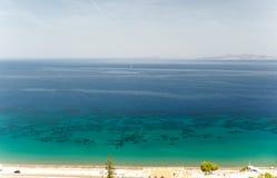 Solig sikt på havet, Rhodes, Grekland Royaltyfria Bilder