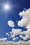 solig sky royaltyfri bild