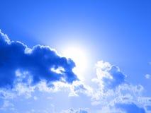 solig sky arkivbilder