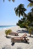 Solig strand Maldiverna Fotografering för Bildbyråer