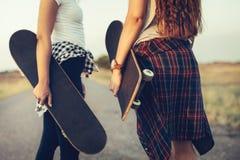 Soliga dagar är för att skateboarding Royaltyfri Fotografi