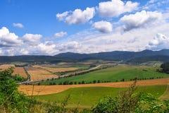 Soligt landskap Arkivbild