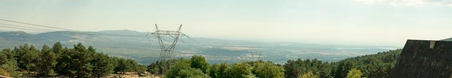 Soligt landskap för panorama uppifrån av berget i Spanien arkivfoton