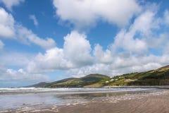 Soligt väder på stranden Fotografering för Bildbyråer