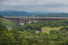 Solina, Polônia -18 julho de 2016: A represa no rio de San no Polônia Imagem de Stock Royalty Free