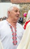 Solista do coro amador nos jogos de Nestkena em Bulgária fotografia de stock royalty free