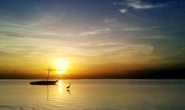 Sollöneförhöjning i Kenya norrkust Royaltyfri Foto