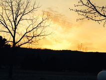Sollöneförhöjning tidigt i morgon Arkivfoto