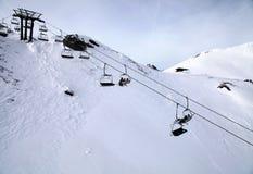 Sollevamento di sci alle alpi (Austria) Fotografia Stock