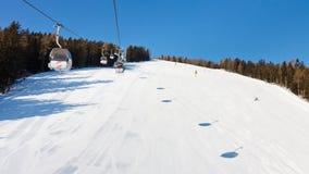Sollevamento di sci nel Tirolo del sud Fotografia Stock