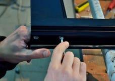 Sollevare un profilo di alluminio con un incavo Fotografie Stock