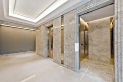 Sollevi l'ingresso in bello marmo Immagini Stock Libere da Diritti