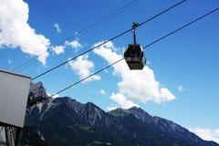 Sollevi nelle alpi svizzere delle montagne Immagine Stock Libera da Diritti
