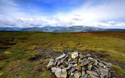 Solljus på de Derwent bergen Fotografering för Bildbyråer