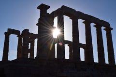 Solljus på Sounion gammalgrekiskatemplet av Poseidon Fotografering för Bildbyråer