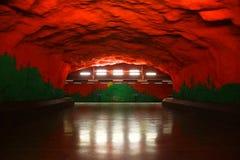 Solna centrumstation av gångtunnelen i Stockholm Fotografering för Bildbyråer
