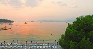 Solnedgång över Adriatiska havet arkivfilmer