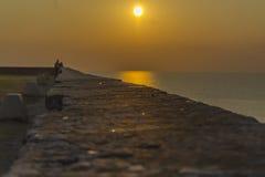 Solnedgång över Adriatiskt havet Royaltyfri Foto